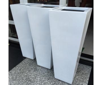 Chậu Composite Anber 1040 ( trắng bóng)