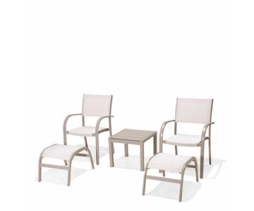 Bộ bàn ghế ngoài trời 2 chỗ .