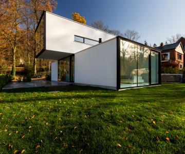 Ngôi nhà hiện đại lấy cảm hứng từ hình khối cơ bản