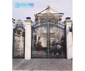 Top 20 mẫu cổng sắt mỹ thuật biệt thự cao cấp tại Nguyên Phong